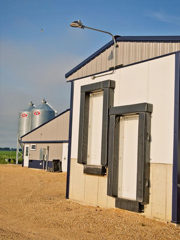 Livestock Equipment & Repair - Boekett Building Supply